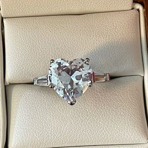 Large Heart cubic Zirconia Engagement Pretty Ring